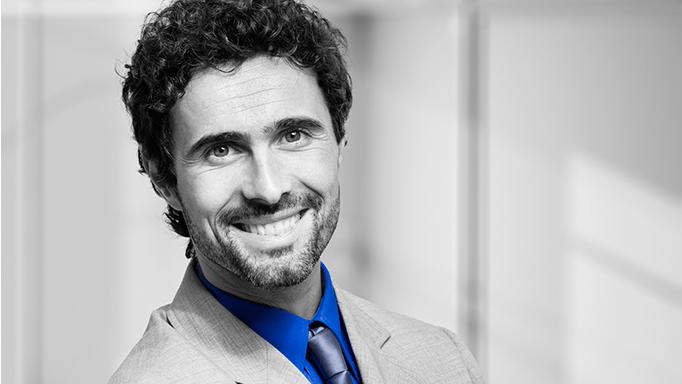 ¿Cómo prevenir el oscurecimiento de los dientes? - VITIS