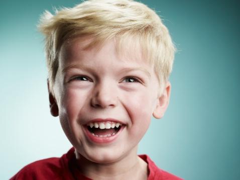 Voler_al_cole_sonrisa_niño