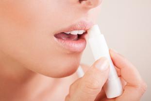 ¿Cómo Cuidar De Tus Labios?
