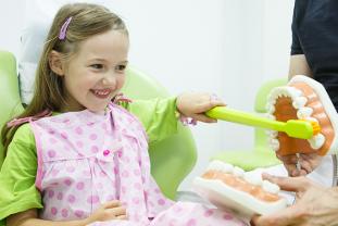 ¿Qué Hábitos De Higiene Dental Deben Seguir Los Niños?
